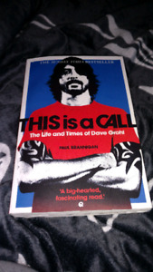 Dave Grohl Bio softcover