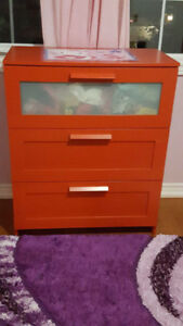 IKEA BRIMNES 3-drawer chest Red frosted glass