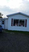 Maison mobile à vendre à Balmoral/Mini Home for sale in Balmoral