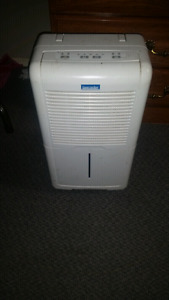 Dehumidifier works perfectly