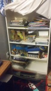 Big Clean and in good Condition 4 shelfs book case