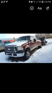 2005 Ford F-350 KING RANCH DUALLY