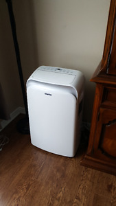 12000 btu Danby AC and Dehumidifier