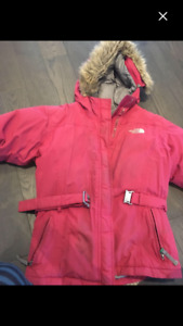 The north face winter coat size 12-13 years old