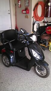 Gio  3 Wheel Electric Scooter