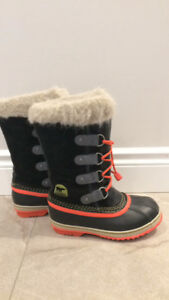 Girls Youth sorel boots