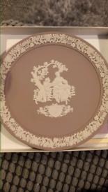 Lilac Wedgwood plate