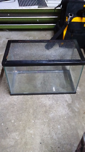 5 Gallon Tank With Screen Lid