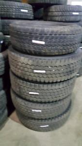 A vendre pneus usagés
