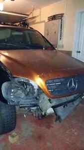 Mercedes ml  pour piece