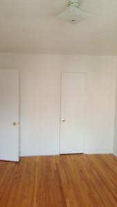 5 1/2 NDG big rooms fresh paint