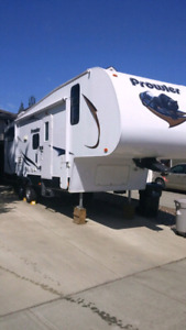 HEARTLAND PROWLER 2012 5TH WHEEL. PRICE REDUCED TO $21,000