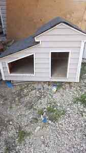 Dog house for sale