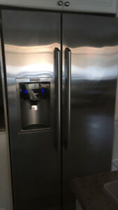 REFRIGERATOR --MUST GO BY WEDNESDAY SEPT. 27 2017
