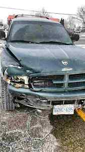Parting out 2001 Dodge Durango AWD 4x4