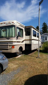 1997 Bounder 34 ft Class A Motorhome - Priced to Sell!