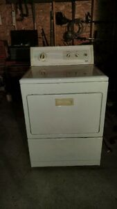 Kenmore Electric King Size Capacity Dryer For Sale