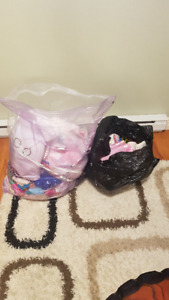 1-2yr old girls clothes and stuff $25