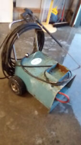 Commerical pressure washer