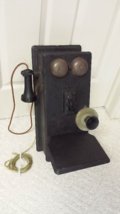 ANTIQUE WESTERN ELECTRIC WOOD WALL TELEPHONE