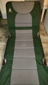 Camping cot / lounger