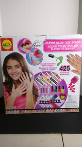 Alex Spa ultimate nail glam salon for girls