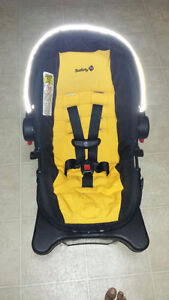 Infant new born car seat Regina Regina Area image 2