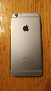 Apple iPhone 6 64 GB Almost new Locked to Rogers -Case-Charger