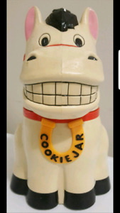 SELLING HORSE COOKIE JAR & other items