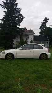 1996 Honda Civic hatchback ls/vtec haute compression