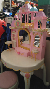 Barbie Island princess vanity