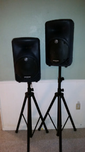 Mackie SRM350 - powered speakers (x2) with stands