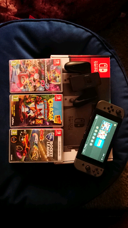 Nintendo switch 32gb with 3 games | in Blandford Forum, Dorset | Gumtree