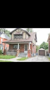 Beautiful 3 Bedroom, 1.5 Bath Home for Rent in Brantford