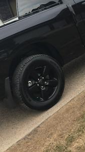 Tires P275/60R20