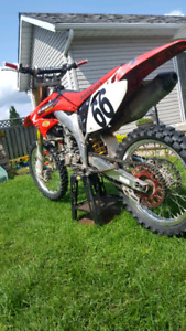 Excellent condition CRF450 trade for Enduro