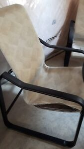 Glass Table and 4 chairs London Ontario image 2