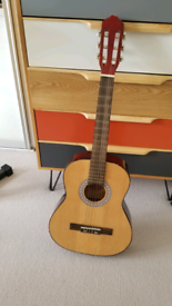 Guitar 3/4 size Jose Ferrer with stagg case
