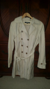 DKNY XL TRENCH COAT FOR SALE! NEVER BEEN WORN! MINT!