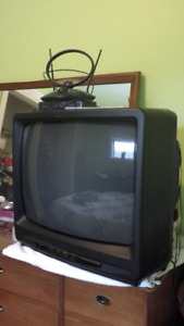 TV may be old and bulky, but works great!