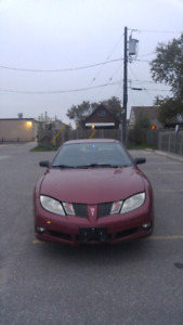 2005 sunfire low kms no rust with winter wheels