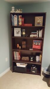 Bookcase / bookshelf  with 5 - 8 shelves