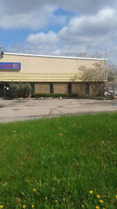 KITCHENER BUILDING AND LARGE YARD FOR LEASE Kitchener / Waterloo Kitchener Area image 6
