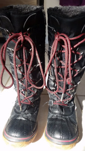 Used Pajar Girls Winter Boots Waterproof Good working condition