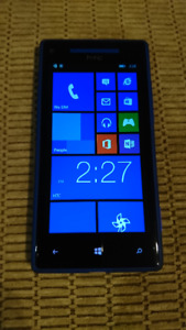 HTC Windows Phone 8X 16 GB Unlocked