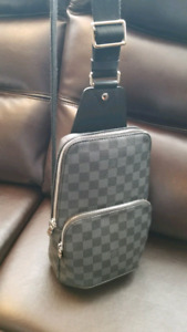 LOUIS VUITTON LV AVENUE SLING BAG SAC MESSENGER NEW IN BOX AUTHE