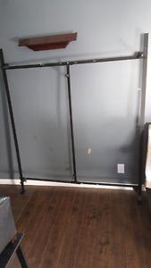 Queen/full Metal bed frame