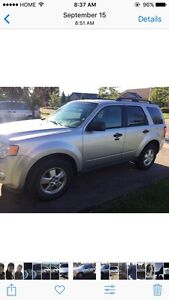 2010 Ford Escape *One Owner* Certified & Etested