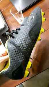 8.5 under armour cleats $20.00 OBO