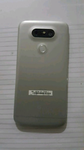 LG G5 with case and original box